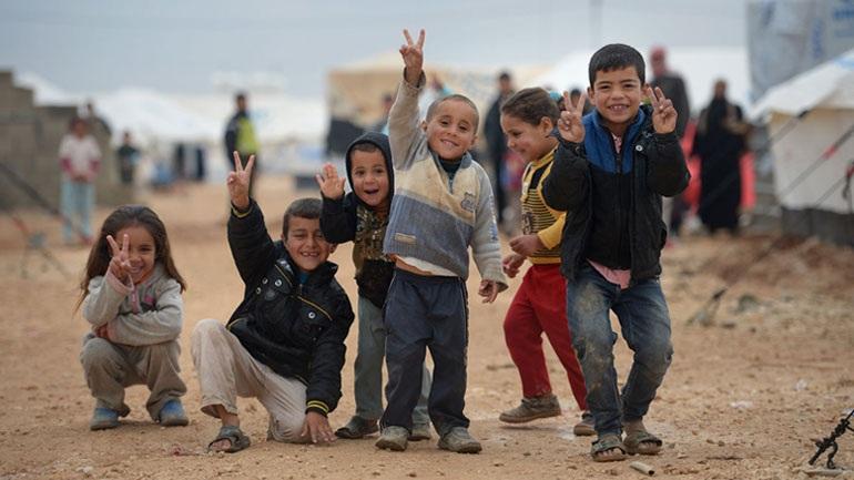 6335170f77a Στην υλοποίηση ενός προγράμματος στέγασης και φιλοξενίας ασυνόδευτων  ανηλίκων προσφύγων προχωρά το υπουργείο Εργασίας, σε συνεργασία με τα Παιδικά  Χωριά SOS ...