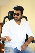 Sharwanand Interview Stills-thumbnail-2