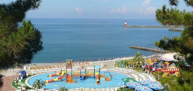 Туры на лето: надежда на Сочи и Крым