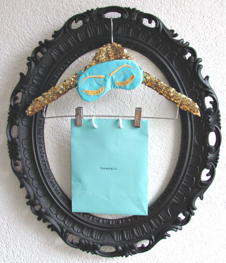 Beauty sleep is better in Tiffany blue ^_^ #sleepycottage #giveaway #hollygolightly #glitterandbow