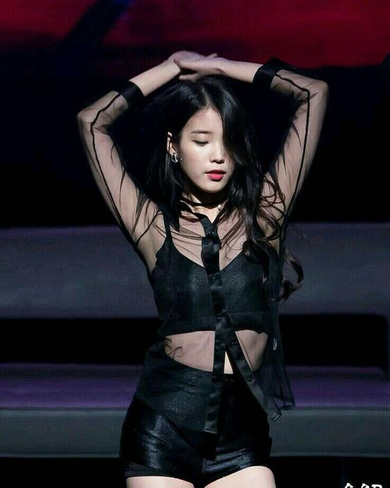IU Drops Jaws When She Performs In This Seductive Outfit
