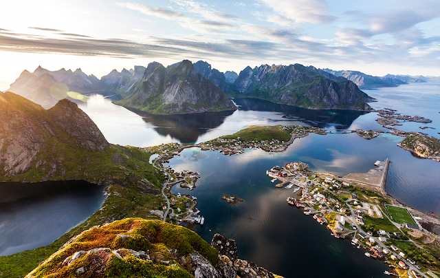 Capture the splendor of the Lofoten Islands in Norway! Aerial view of Reine, Norway. All photography in this post is the property of Classic Norway. Unauthorized use is prohibited.