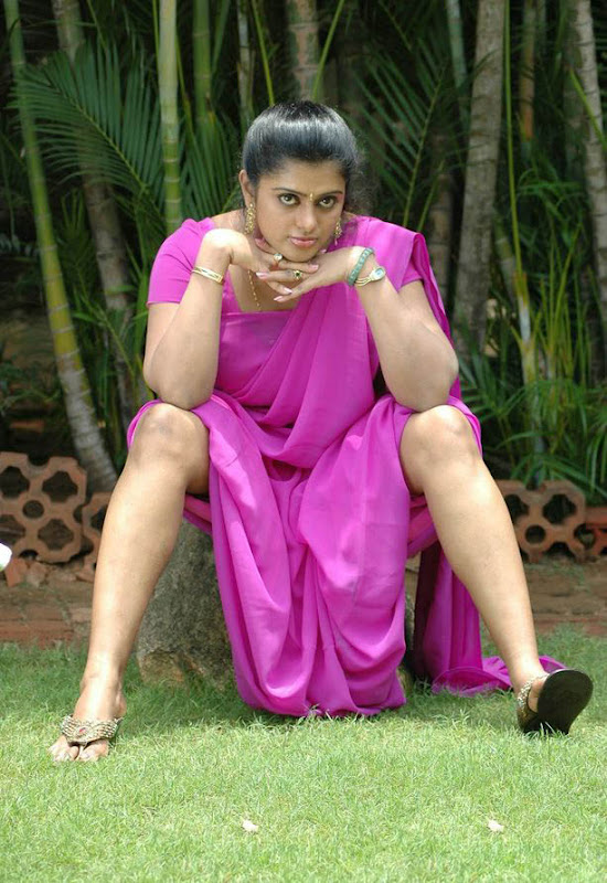 Super Hot Sexy Actress Varsha in Saree