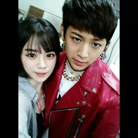 Song Yunhyeong's sister grabs attention with her beauty +