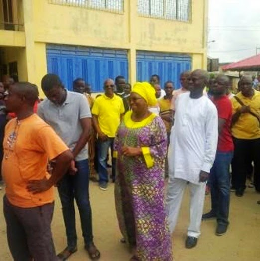 Governor Fashola And Wife On Queue To Get Accredited