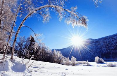 Puisi Natal yang Menyentuh Hati   Bulan Natal