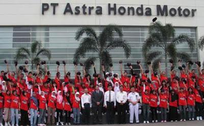 Lowongan Kerja Jobs : Driver Truck Min SMA SMK D3 S1 PT Astra Honda Motor (AHM) Membutuhkan Tenaga Baru Besar-Besaran Seluruh Indonesia