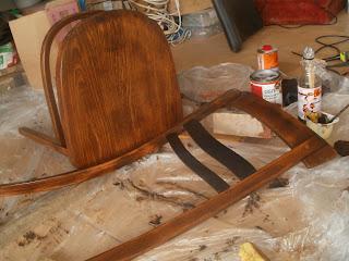 jak odnowić stare krzesło krok po kroku
