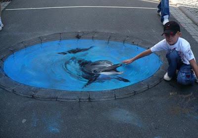 Karya Seni Lukisan 3D Di Jalanan