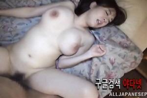거유 야동- 아마추어 거유 유부녀 커플 섹스