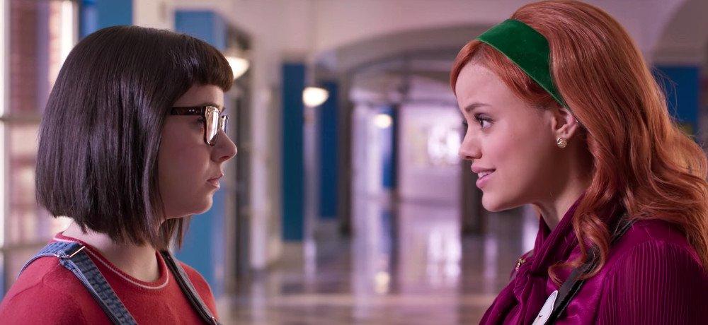 Daphne y Velma (HD 720p, HD 1080p y Español- Inglés, 2018) poster box code
