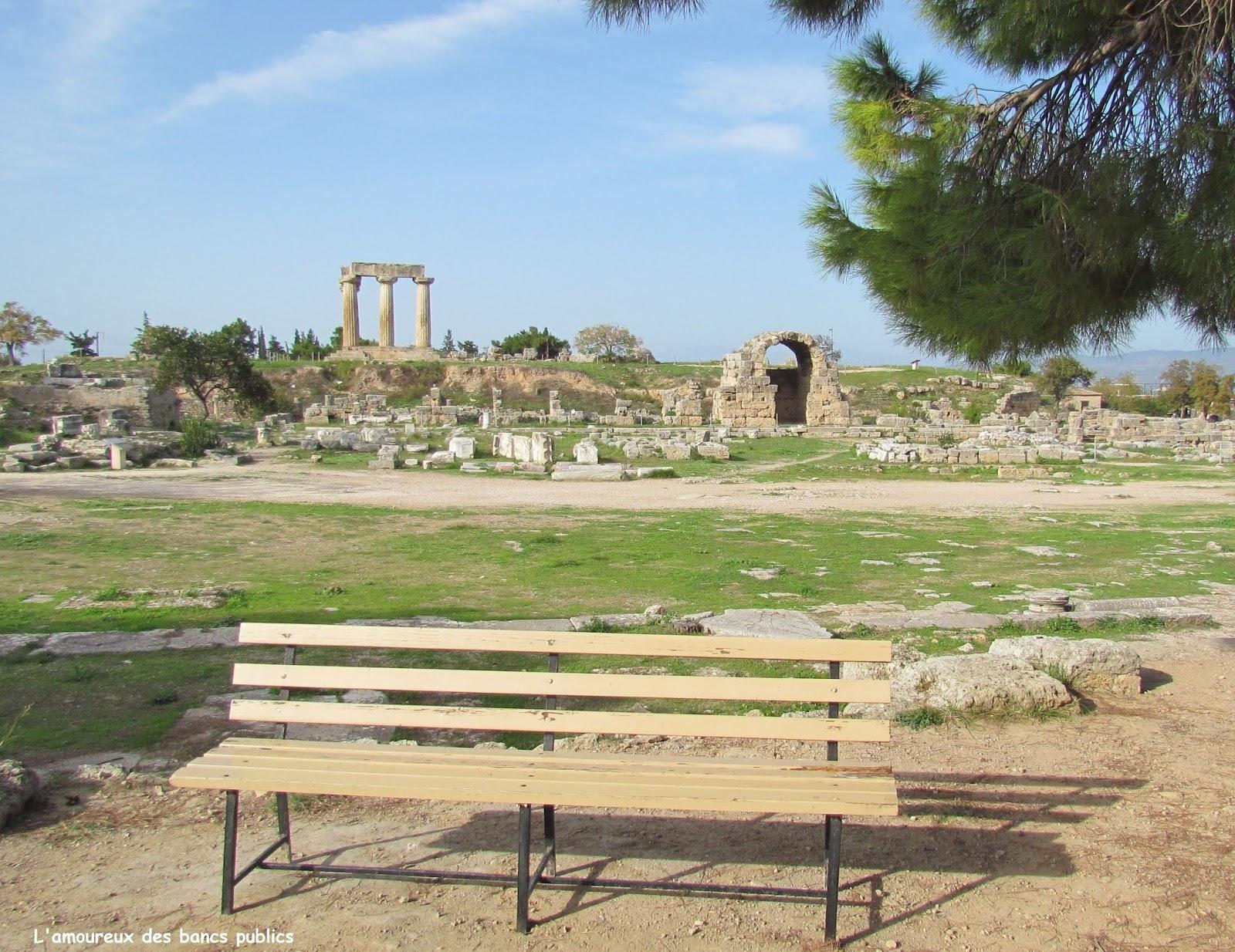 Lamoureux Des Bancs Publics N517 Site Archéologique De Corinthe