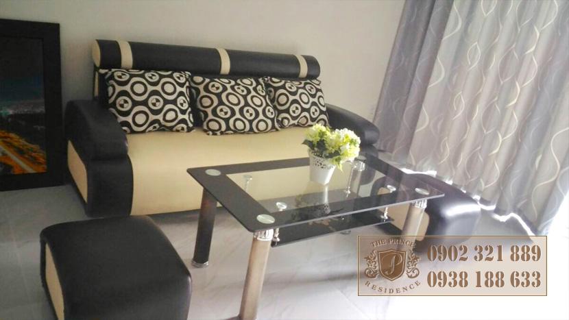 The Prince Phú Nhuận cho thuê căn hộ 3 phòng ngủ - sofa phòng khách