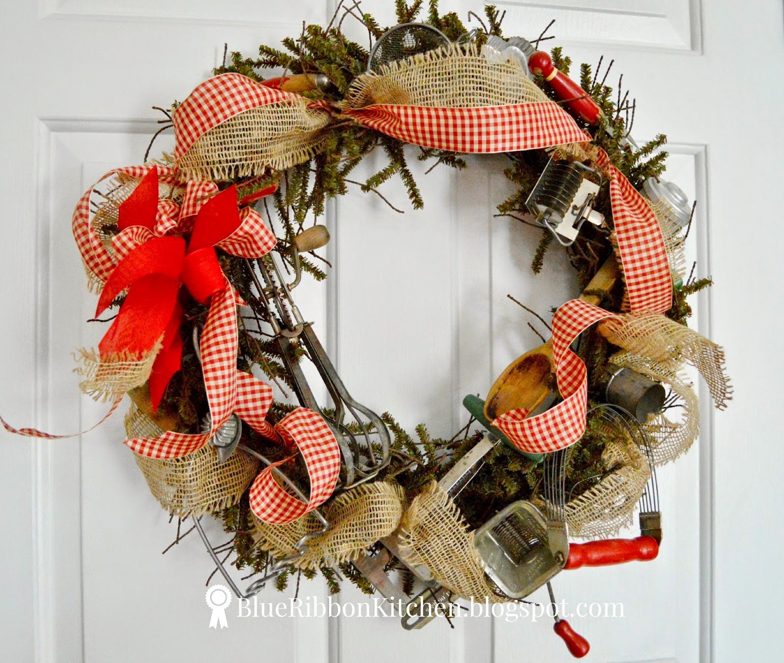 Christmas Wreath Mini Breads Recipe — Dishmaps