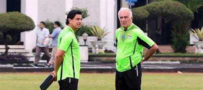 Persib Klarifikasi Fernando Soler Bukan Asisten Pelatih Tapi Penerjemah