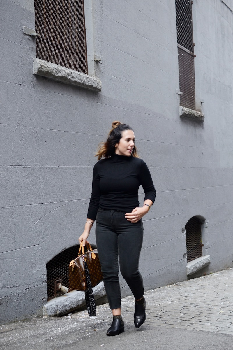 Levi's Wedgie Jean black Aritzia Vancouver fashion blogger