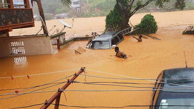 Sierra Leone mudslides leave 600 missing: Red Cross