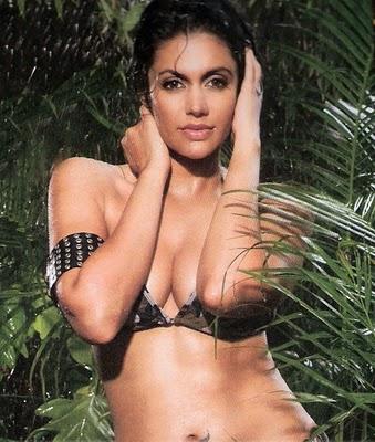 Bollywood Hot Actress In Bikini Bollywood Actress in Bikini Pics 59
