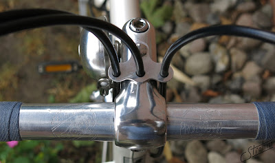 BLB stem, Guidons Philippe Atax Professional handlebar, cable guide, Crane bell