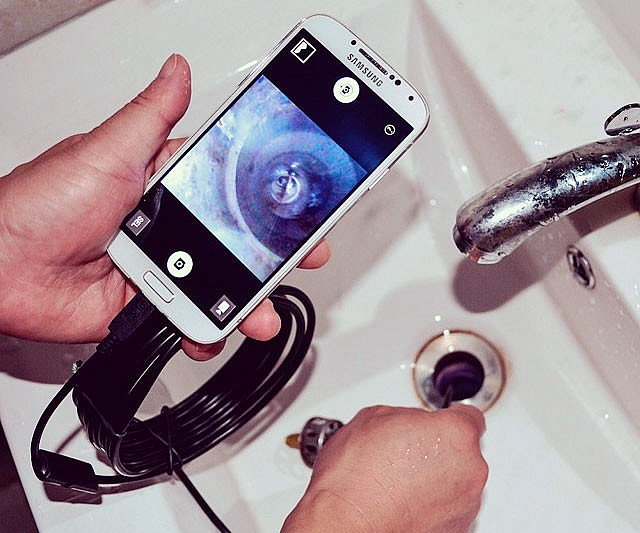 Now you can enlist the help of your smartphone to explore things like drain pipes and anal cavities using this USB endoscope tube. It features a waterproof 7mm camera capable of transmitting 640×480 visuals at 30 frames per second.