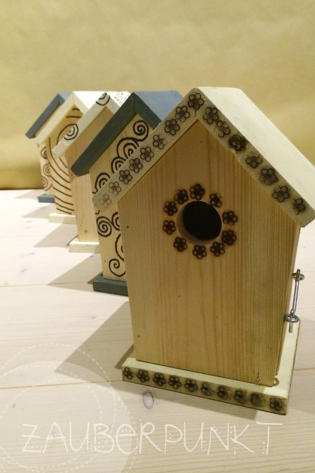 zauberpunkt weihnachtsgeschenke basteln mit kindern vogelhaus gestalten. Black Bedroom Furniture Sets. Home Design Ideas