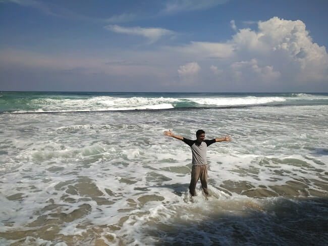 pantai melasti pesisir barat