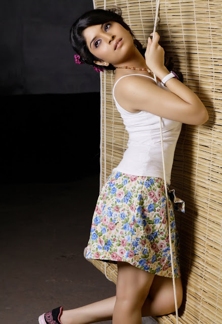 kannada actress Neha Shetty hot gallery