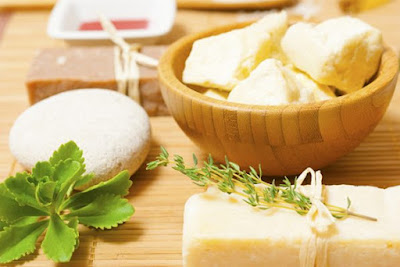 Remèdes naturels pour traiter les démangeaisons aux aisselles