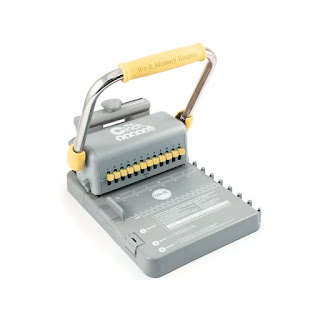 http://click.linksynergy.com/fs-bin/click?id=8HZZjQxhcsQ&subid=&offerid=447438.1&type=10&tmpid=21966&RD_PARM1=http%3A%2F%2Fwww.seriloncrafts.com.br%2Fencadernadora%2Fencadernadora-the-cinch