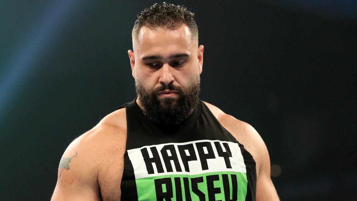 Rusev anuncia que se aposentou dos ringues