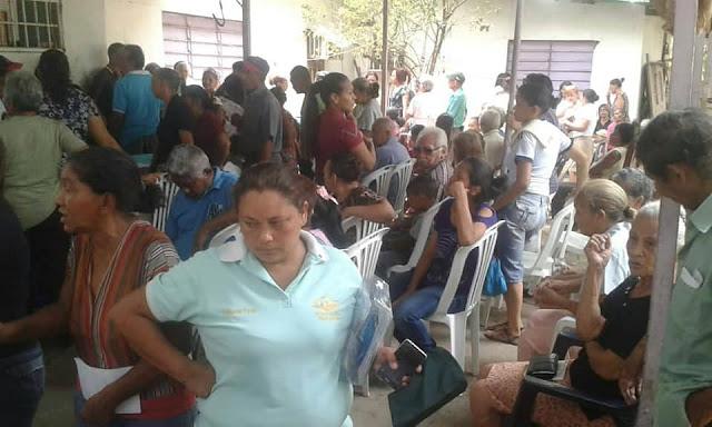 APURE:  Comunidades de Terronduro y Serafín Cedeño recibieron jornada médica y registro para #AyudaHumanitaria