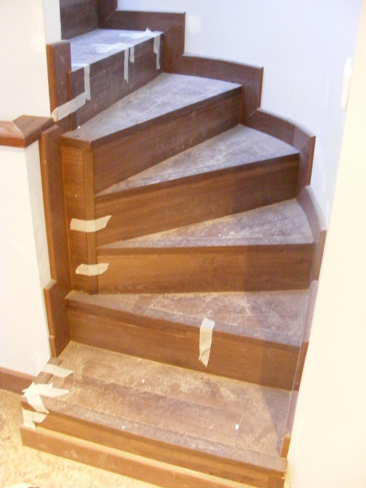 Armarios vestidores puertas y tarimas escaleras - Puertas de escalera ...