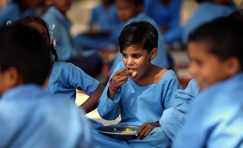 Scores Of Indian Children In Hospital After Eating School Meal