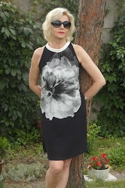 Sukienka JOAN w stylu vintage.