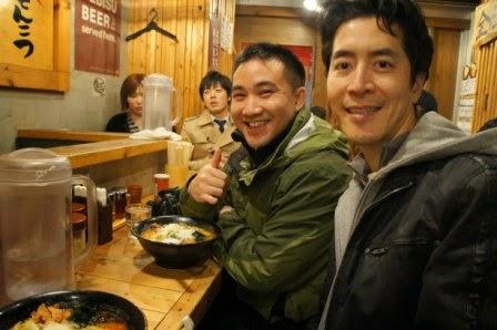 Tokyo - Jeff takes us to his favorite ramen spot for galic butter cheese ramen. Yup.