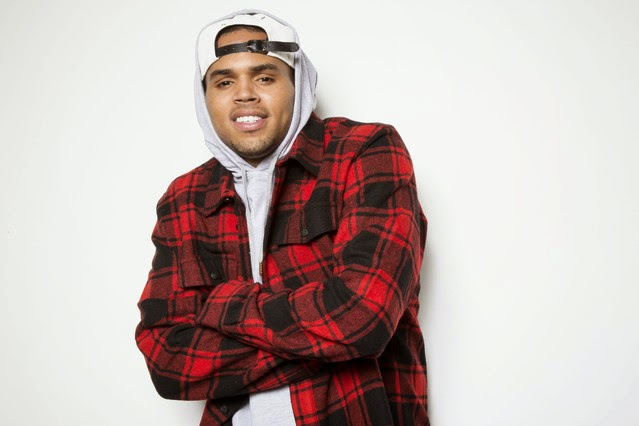 Chris Brown genera polémica en Twitter