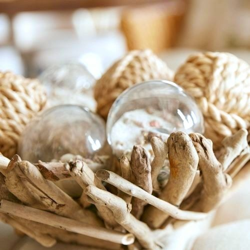 Driftwood Decor Ideas and Crafts