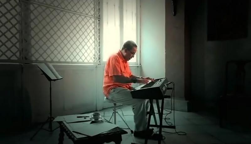 Emilio Morales - ¨El manisero¨ - Videoclip - Dirección: Rudy Mora - Orlando Cruzata. Portal Del Vídeo Clip Cubano - 01