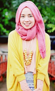 Mix And Match Warna Baju Dan Jilbab