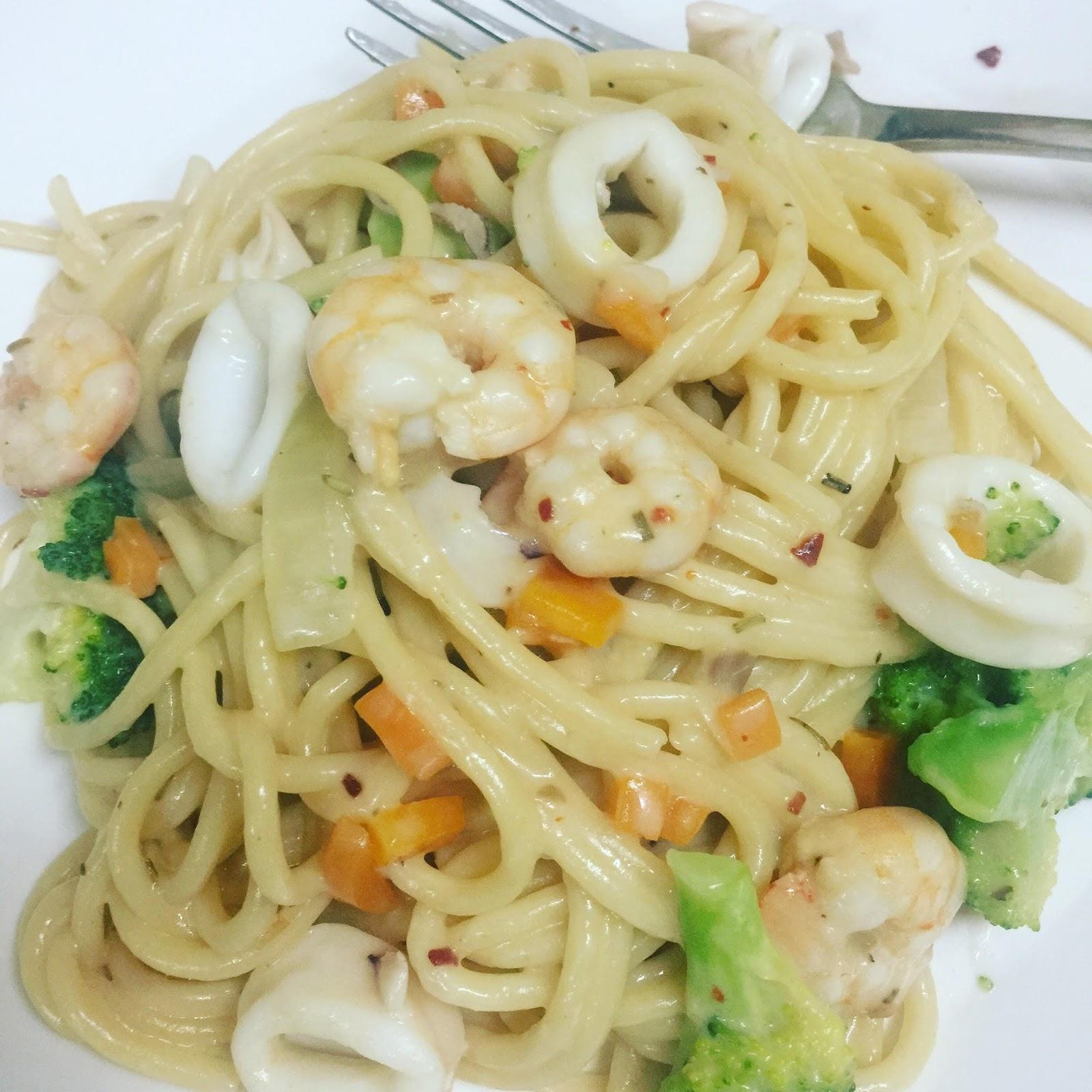 menu ringkas, western food, masakan pasta, seafood carbonara