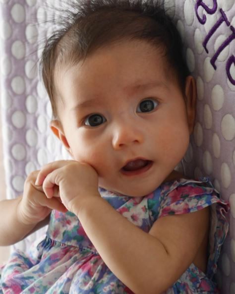 Viral ► Robin Padilla and Mariel Rodriguez' 4-Month-Old Baby Isabella's Face Goes Viral! Why? You Have To See This!