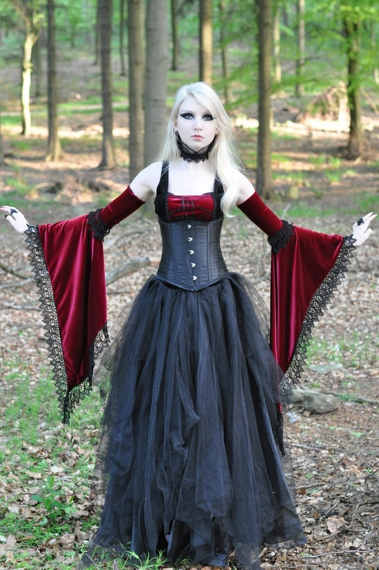Gothic Dresses Introduction On Medieval Goth Fashion