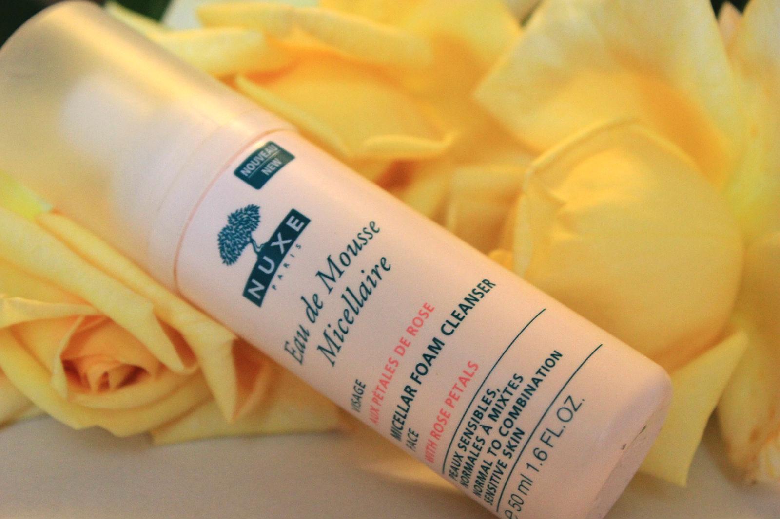 Отзыв: Мицеллярная очищающая пена с лепестками роз - Nuxe Eau de Mousse Micellaire aux petales de rose.