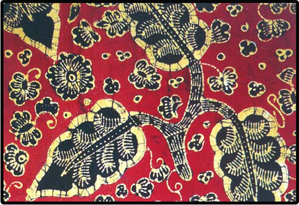 Keterangan : Motif batik di atas adalah motif batik bungo keladi ...