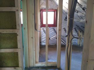 parna ovira v leseni hiši