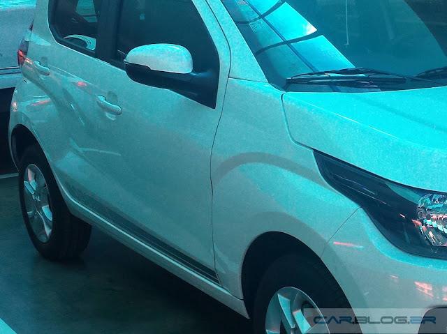Novo Fiat Mobi Like 2017 - lateral