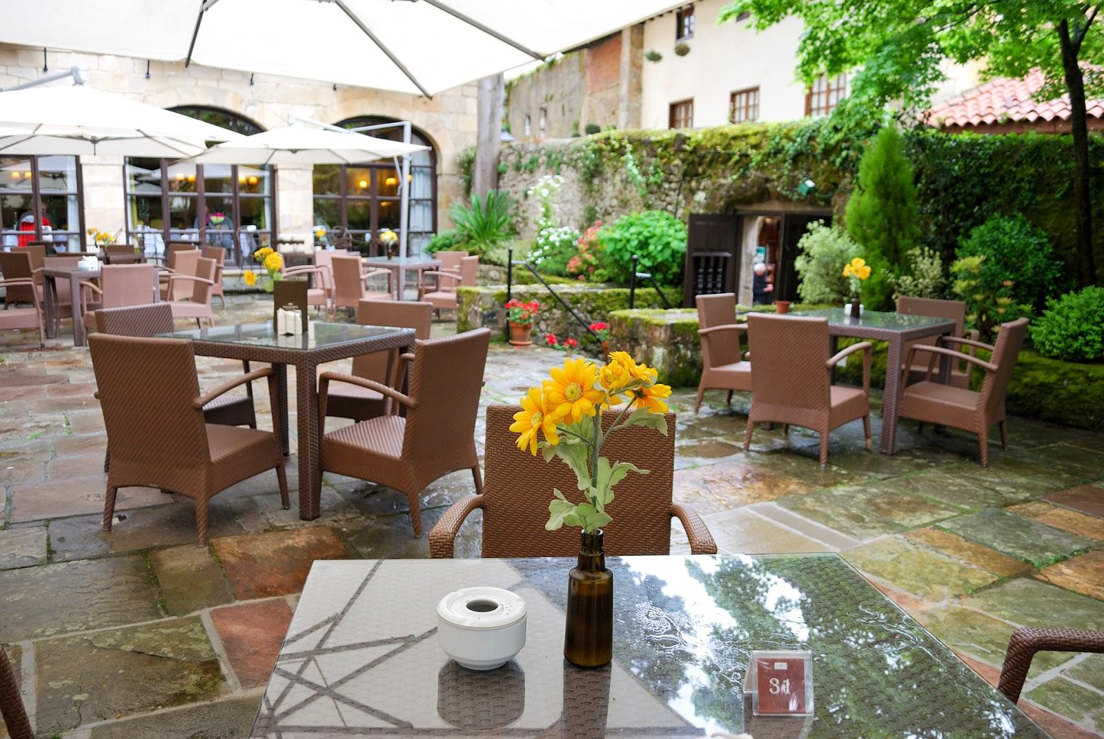 parador hotel gil blas restaurante santillana del mar cantabria spain pueblos bonitos españa