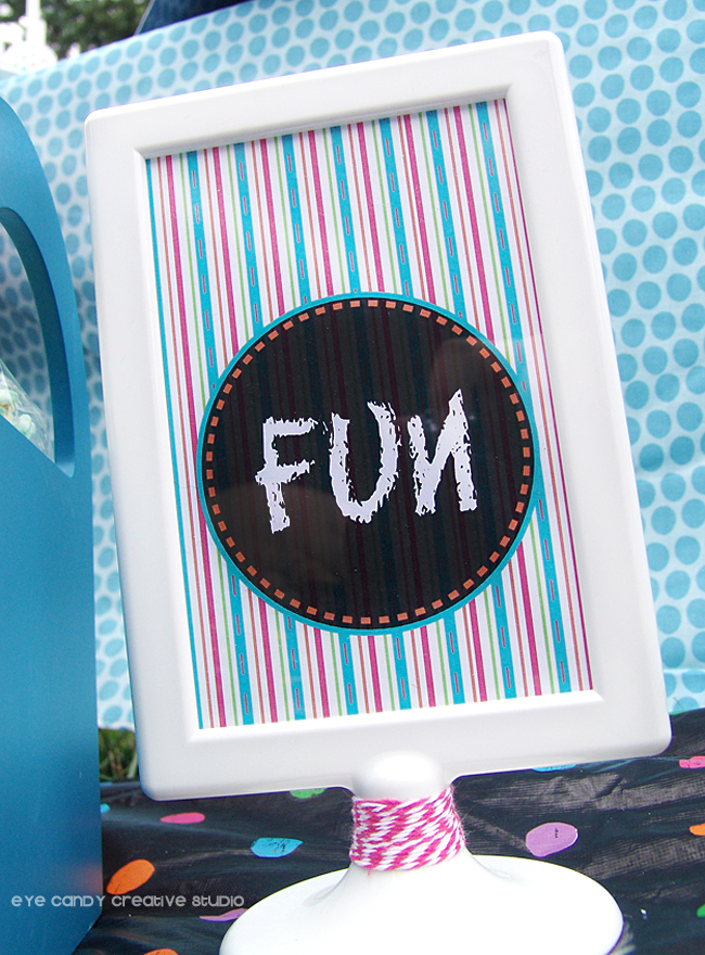 fun chalkboard sign, stripes, IKEA white frame, art party picnic decor ideas