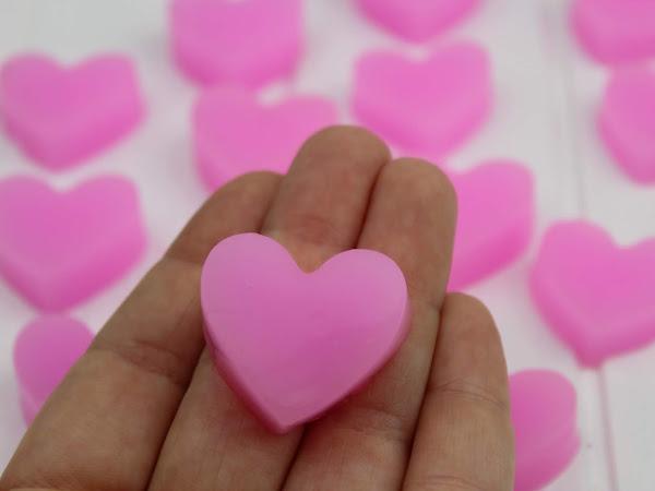 DIY: Einfaches Rezept um Duschjellys / Badejellys in Herzform selber zu machen - perfekt für den Muttertag