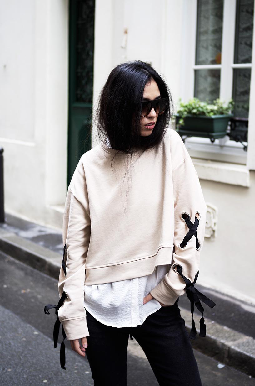 Elizabeth l Lace me up outfit l jean lacet fishnet trend vans l Stradivarius Zara l THEDEESTONE l http://thedeetsone.blogspot.fr
